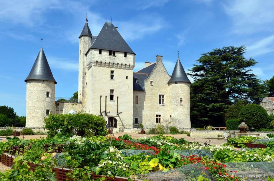 chateau-rivau-art-contemporain